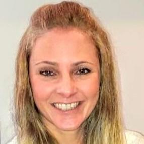Psicóloga Carolina de Cara Pires de Campos