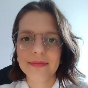 Psicóloga Carolina Lucena Adelino de Lima